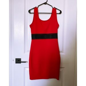 SUZY SHIER ✨ Red and Black Bodycon Dress